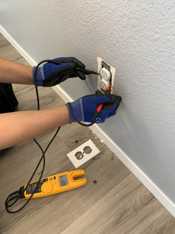 This picture shows and outlet and electrical repair in Santa Barbara